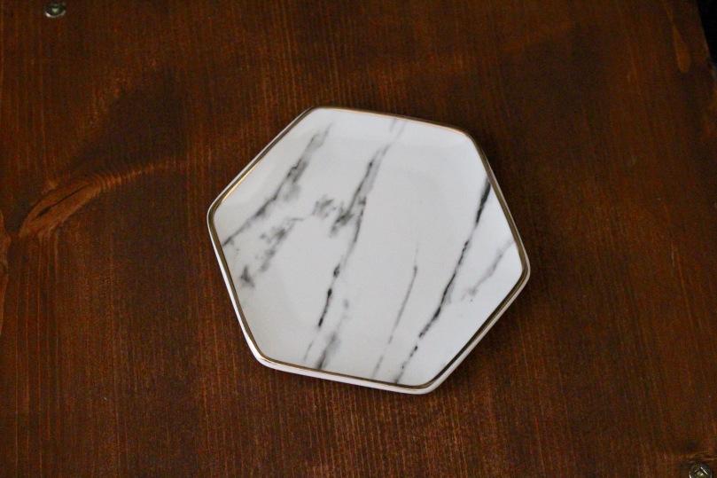 Pier 1 Imports Marble Ring Dish | FabFitFun Summer 2018 Box | Photo by Chloe Plus Coffee